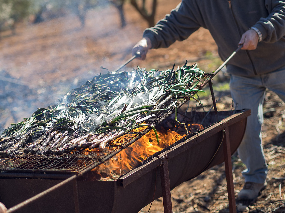 Calçots must be burn in high flame.