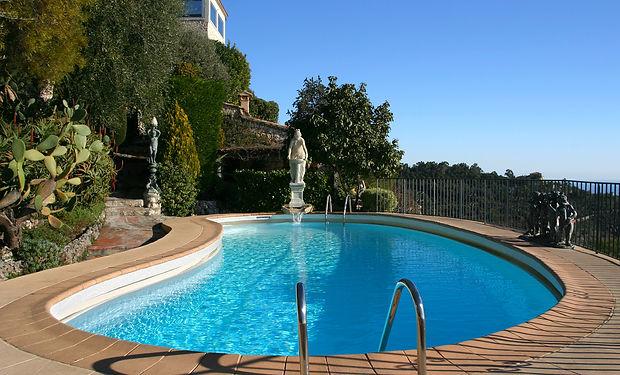 bigstock-Swimming-Pool-1093408.jpg