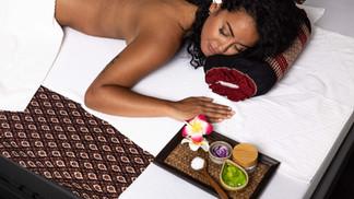 massage aloe vera