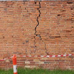 Severe external crack in brick work.