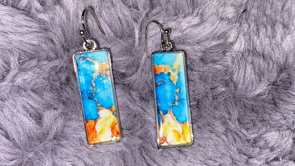 Color gazed earrings