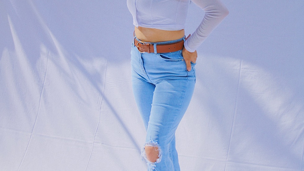 Distressed Knee Rip Demin Jeans