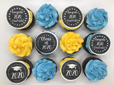 graduation cupcakes.jpeg