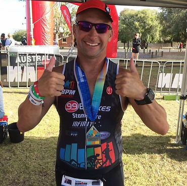 Triathlon coach Brad Martens racing in Woolongong