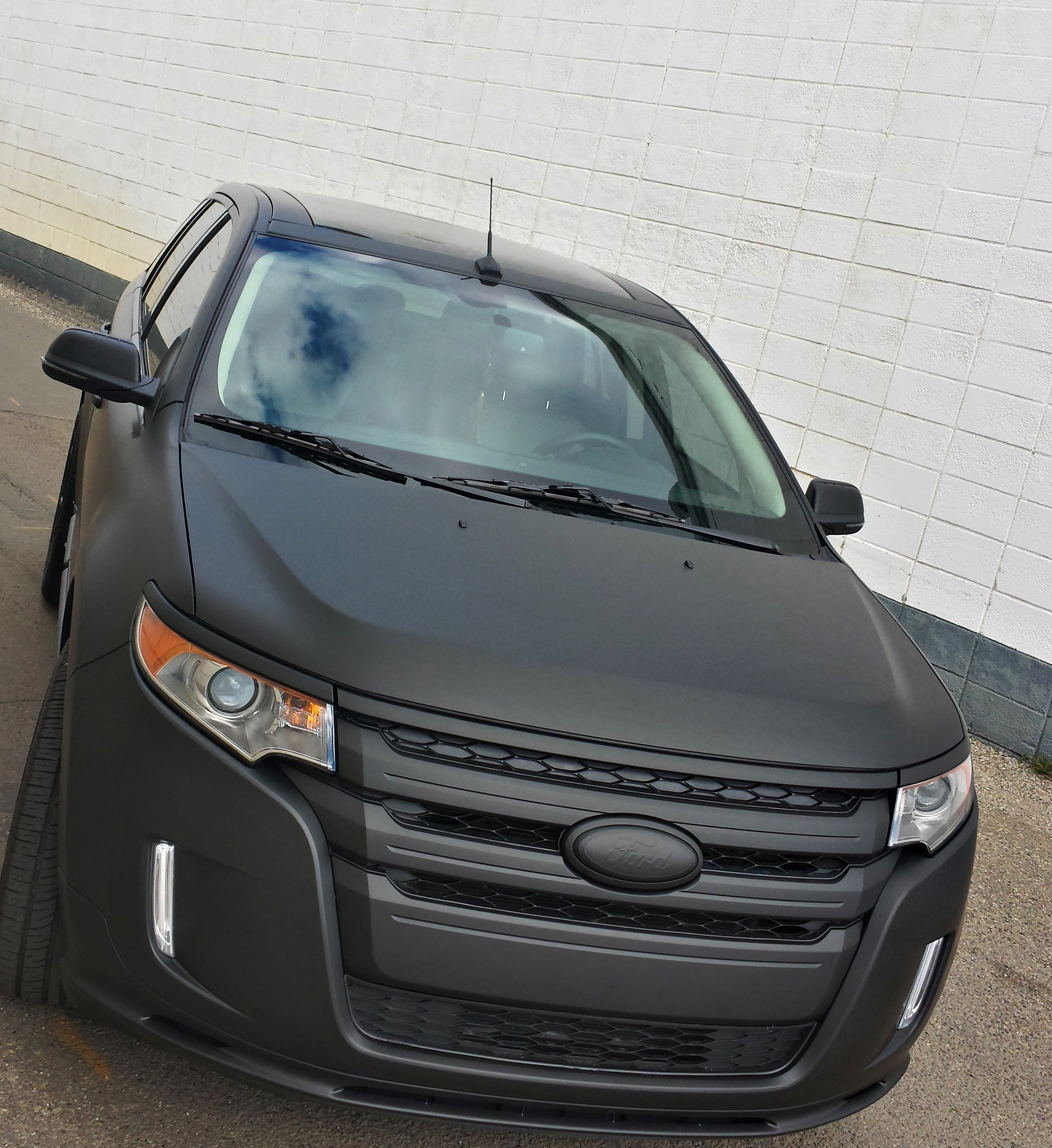 Matte Black Ford Edge 2