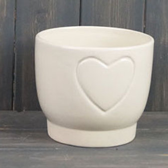 Cream Heart Embossed Pot 14cm
