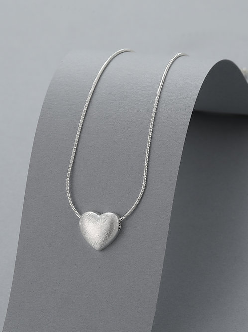 DN21005 Silver Puffed Heart Necklace