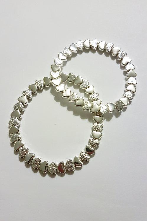 B19001 Silver Hearts Stretch Bracelet