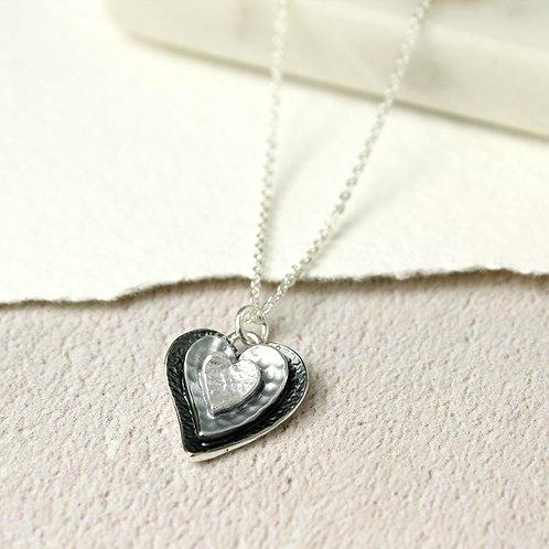 DN19014 3 Hearts Enamel Necklace