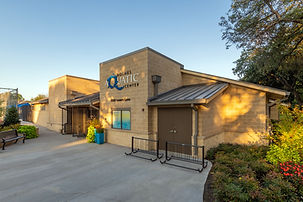 Holmes Aquatic Center_HR-9200.jpg