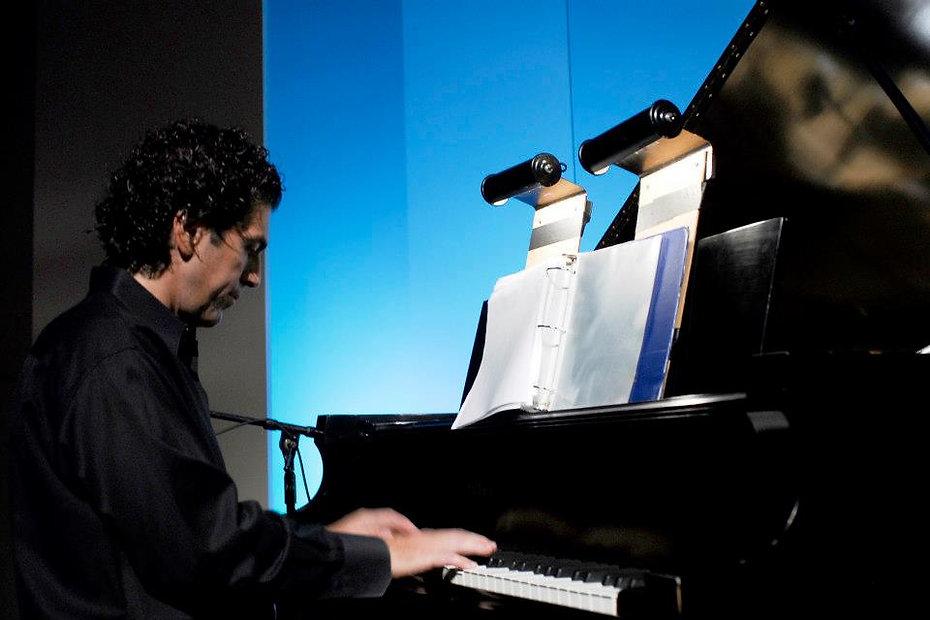Panagiotis Liaropoulos, composer pianist