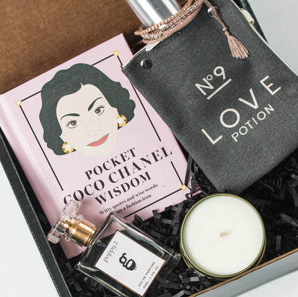 For the Chic-est in your life: The 5th Avenue Box