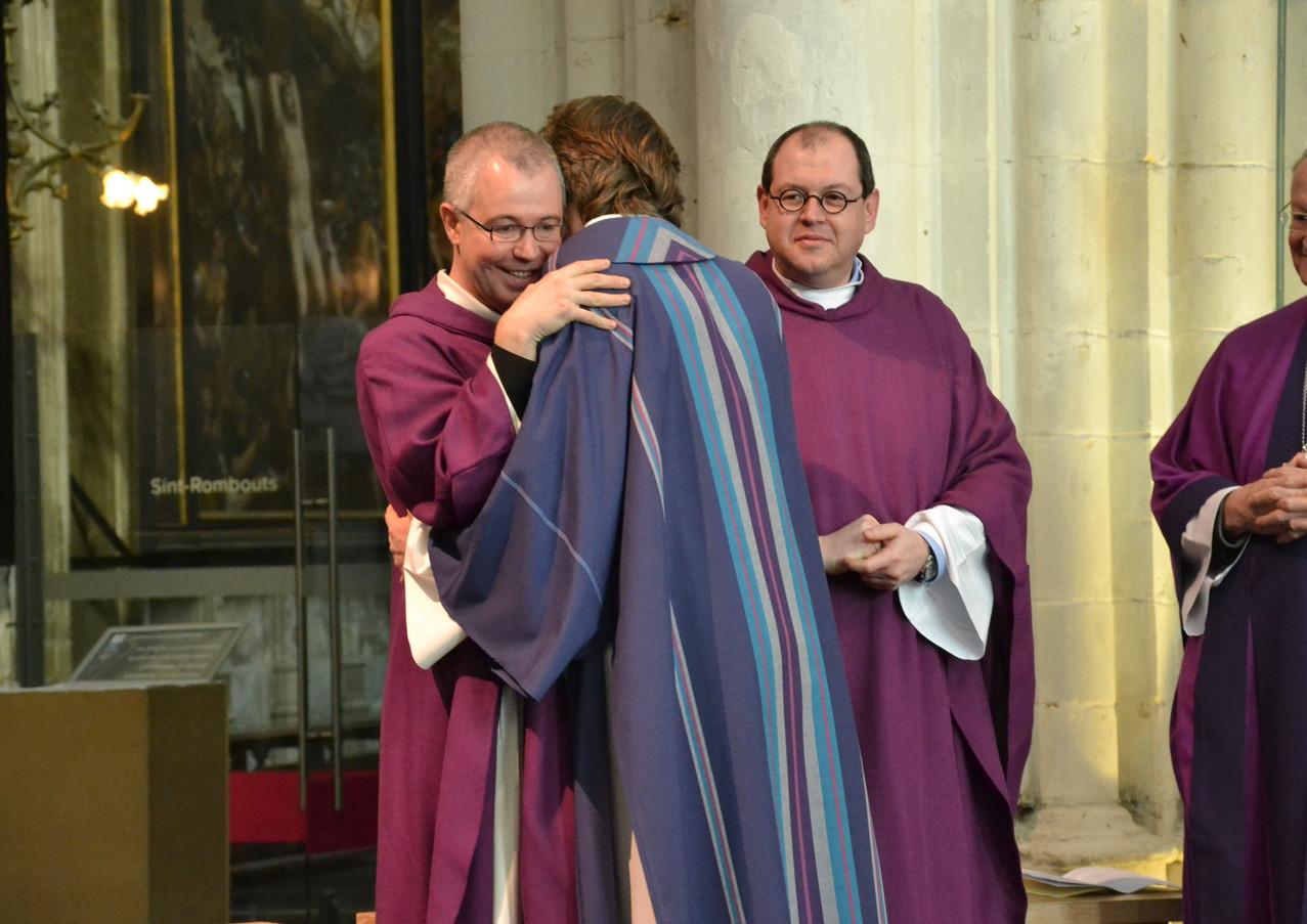 Felicitaties van priester Tim