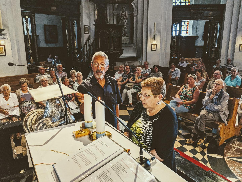 Zegening van de kaarsen voor de beide parochies