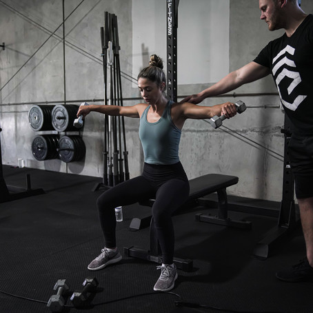 Why light weight/high reps may just be a lie for fat loss & muscle gain.