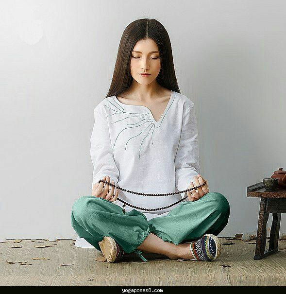 Meditation apparel, loose natural clothes, prayer beads, mala