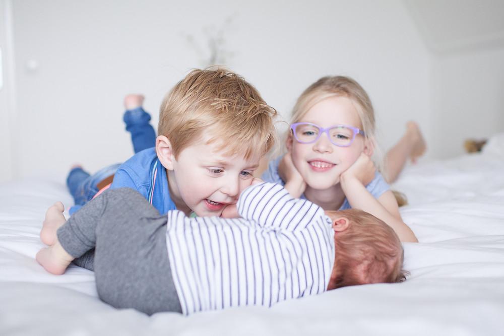 Familieshoot, newborn, newborn lifestyle fotoshoot, lifestyle fotografie, newborn fotograaf Arnhem