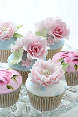Floral Cath Kidston Cupcakes