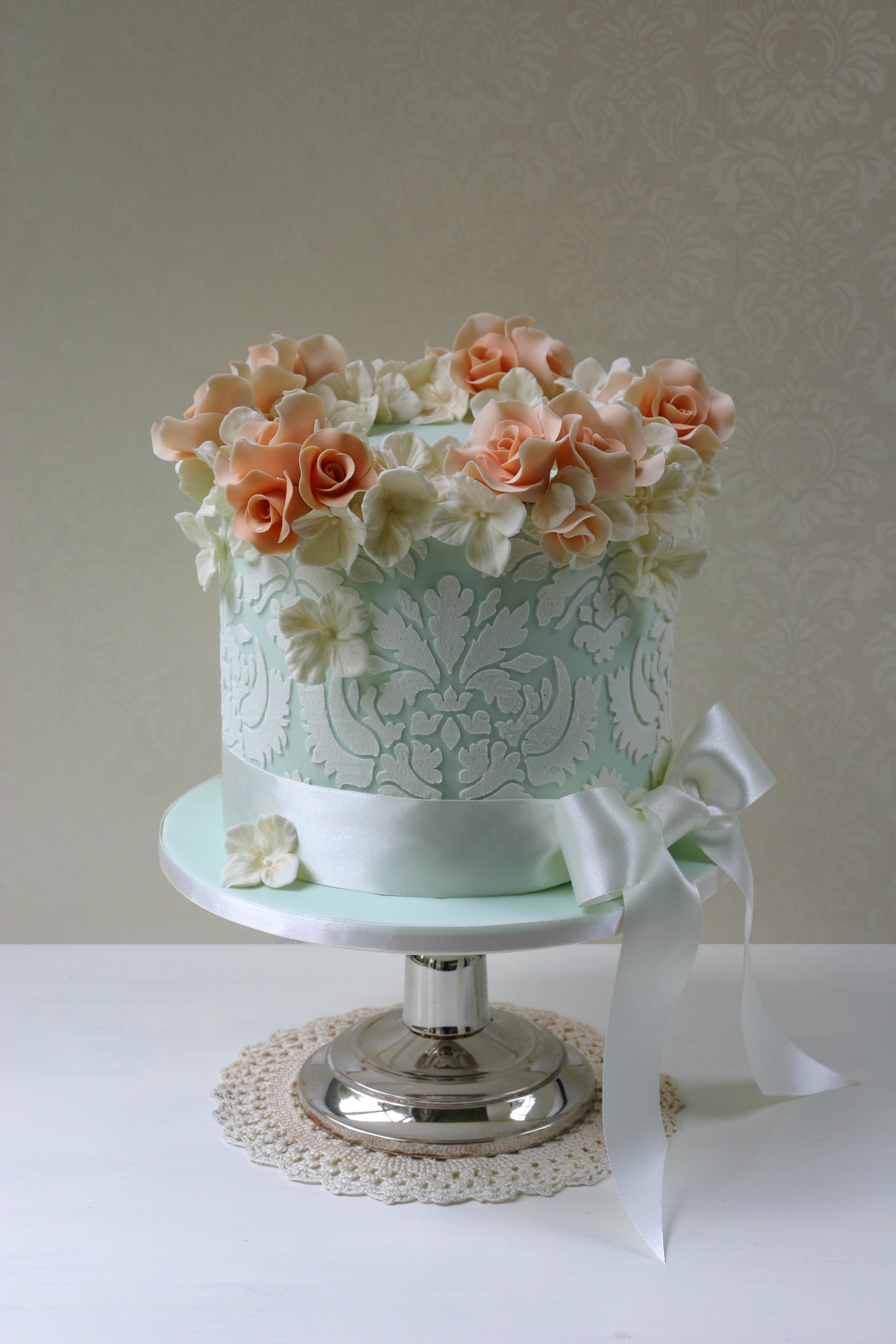 Damask with roses