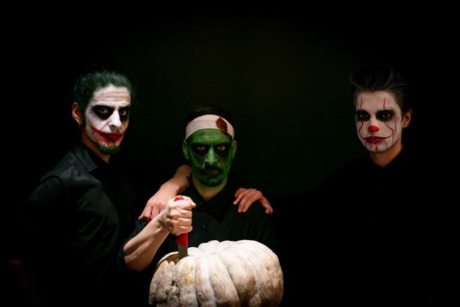 Mitte_Halloween Team.jpg