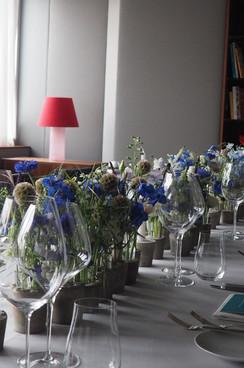 Blumenhaus-am-Hofgarten-Duesseldorf_Tisch-Blumendekoration-11.JPG