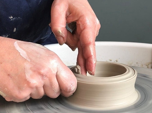 Potters Wheel Tuition for 1 person for 1 hour