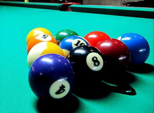 10-Ball-Rackb_edited.jpg