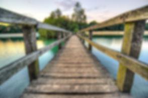 beach-boardwalk-bridge-447439.jpg