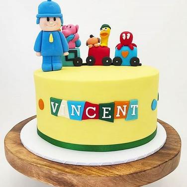 Vincent toy train set Kids Cake.JPG