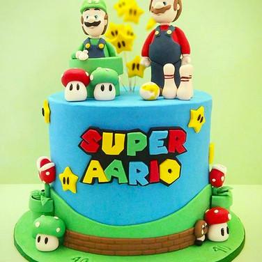 Super Mario Cake.jpg