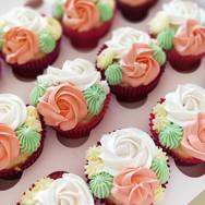 Floral cupcakes box Brisbane