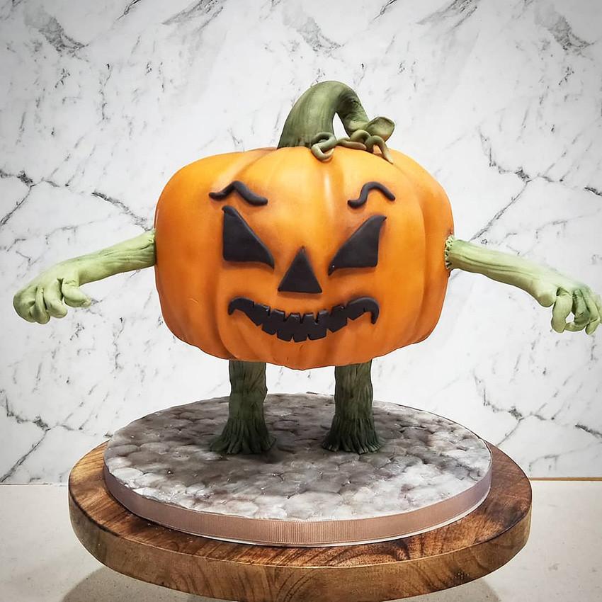 Pumpkin Cake Halloween