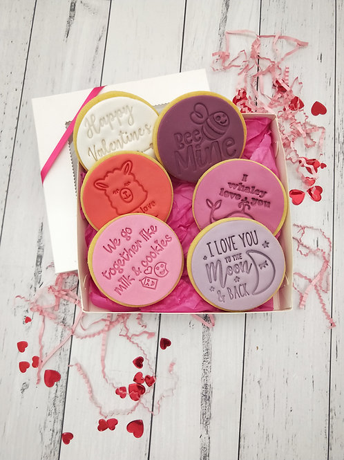 Valentine's slogan cookie box