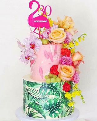 Floral and Flamingo cake design.jpg