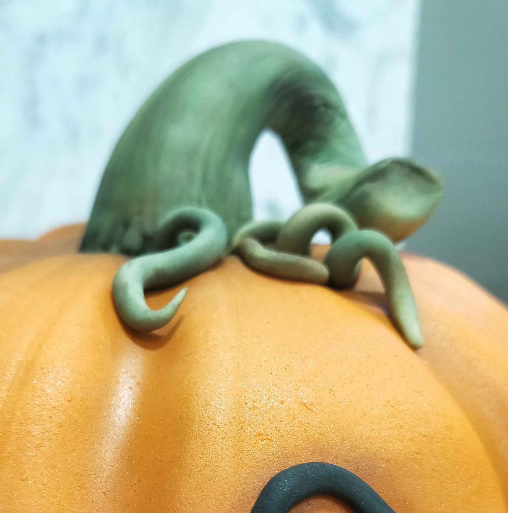 final pumpkin cake details