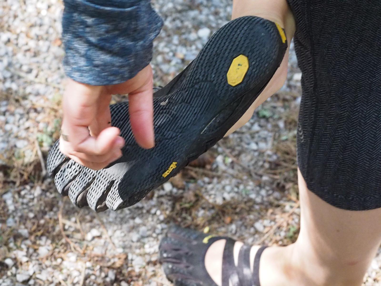 Минималистични обувки