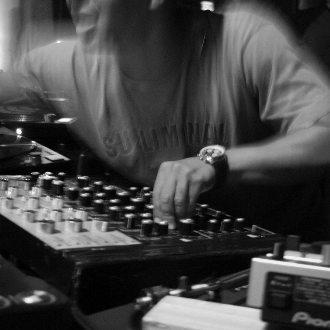 The Manhattan (Bar/club Service)