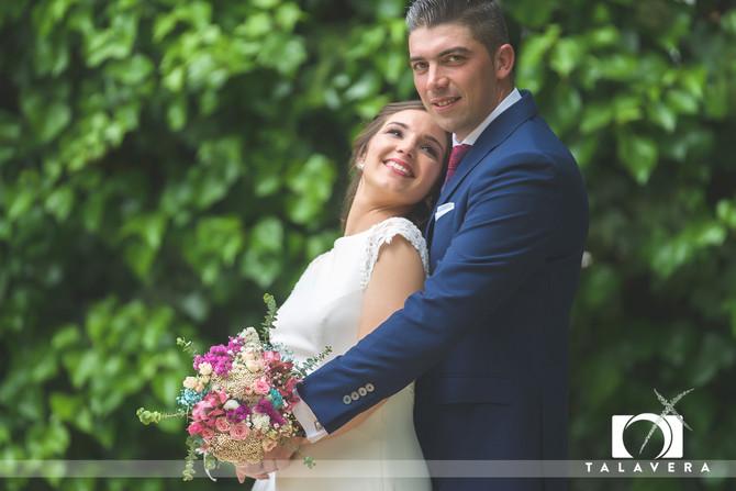 Novios TOP, boda espectacular... Gestos y miradas para enmarcar