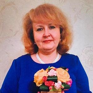 Олена Валентинівна.jpg
