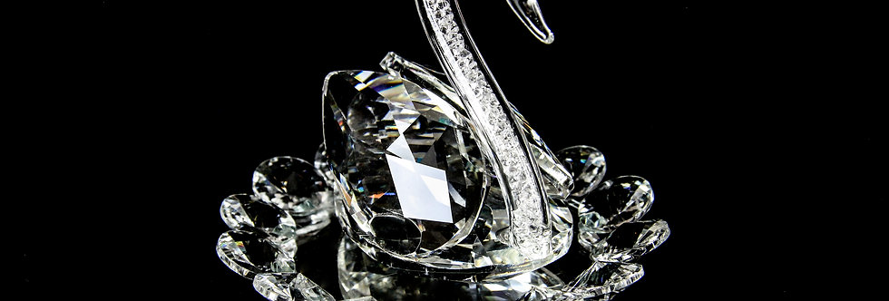 Decorative Crystal - Diamond Filled Swan