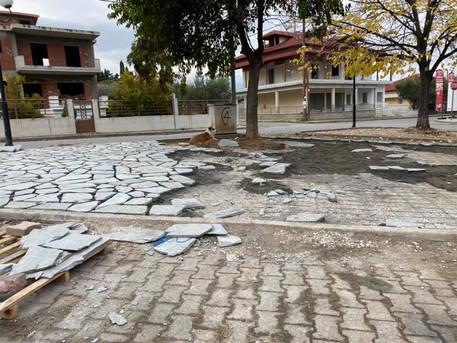 Ανάπλαση της πλατείας και ανανέωση των δεξαμενών του διυλιστηρίου της Βροντού