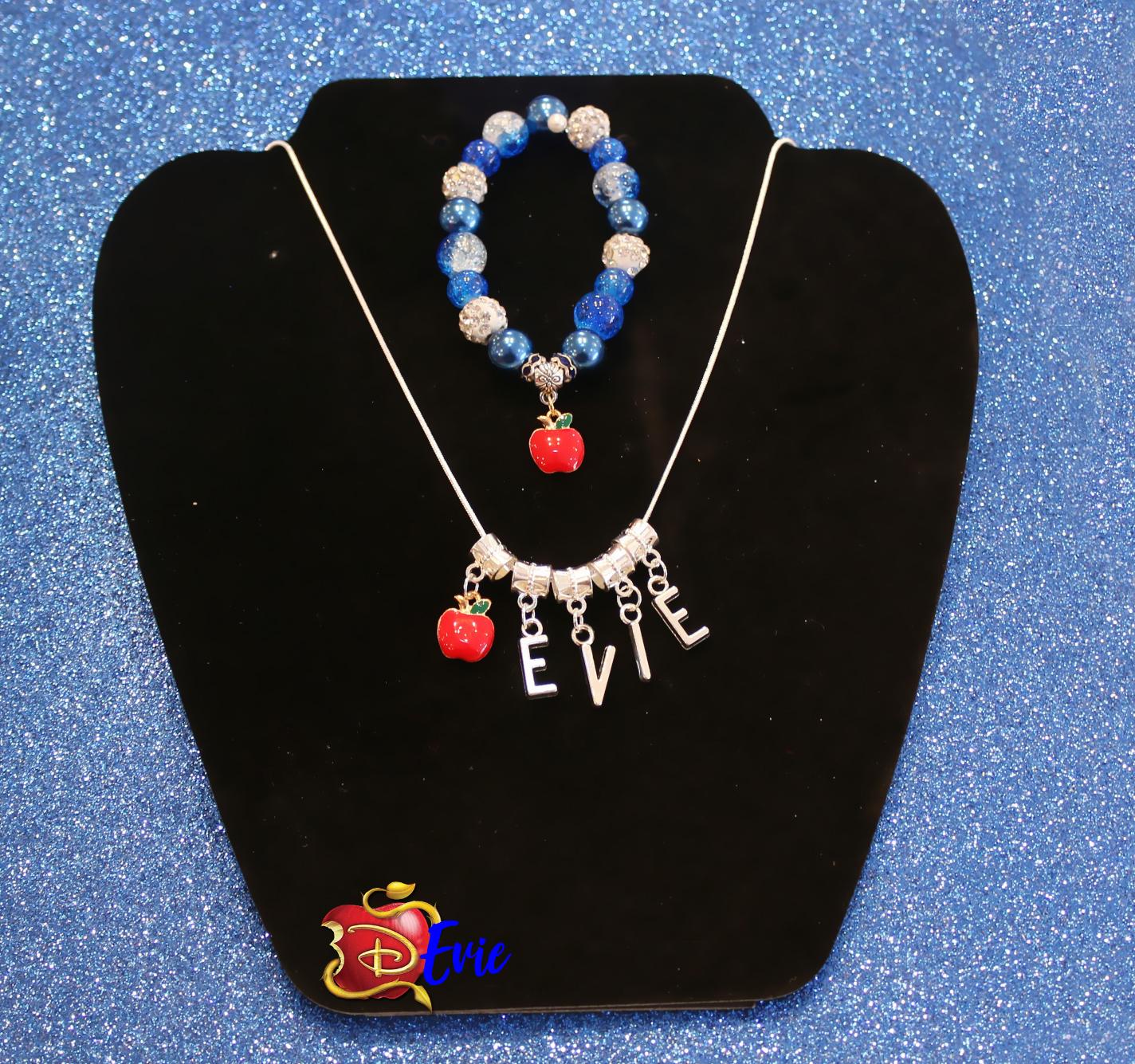 Evie Jewelry Set