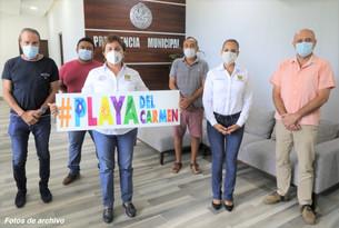 Recibe Laura Beristain respaldo de empresarios por remodelación de Quinta Avenida