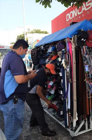Aprieta a comerciantes nueva directora de Comercio en Vía Pública a pesar de crisis económica por pa