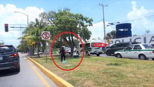 """Pequeños utilizados para vender en las calles; algunos frente a las """"narices"""" de la autoridad"""