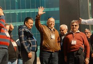 Erasmo Abelar encabeza protesta masiva contra plataformas electrónicas ilegales en Torreón, Coahuila