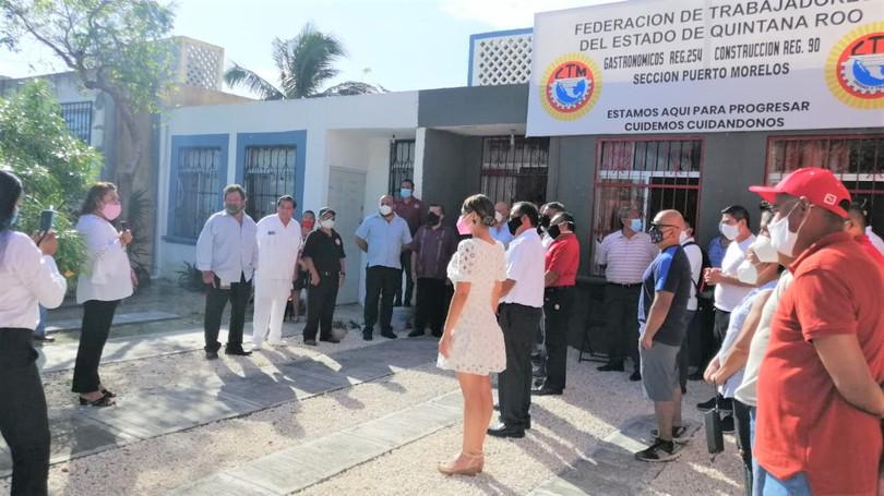 Se acerca CTM a la base obrera de Puerto Morelos; inauguran oficinas