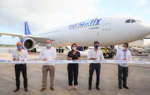 Nuevo vuelo Madrid-Cancún; participa Mara Lezama en corte del listón