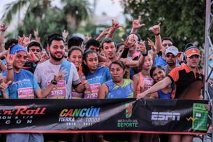 """Con éxito inicio de Maratón Internacional """"Rock N Roll Cancún 2019""""; seguirá el cierra de avenidas e"""