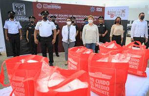 Recibe la Policía 11 mil cubrebocas del gobierno municipal e iniciativa privada
